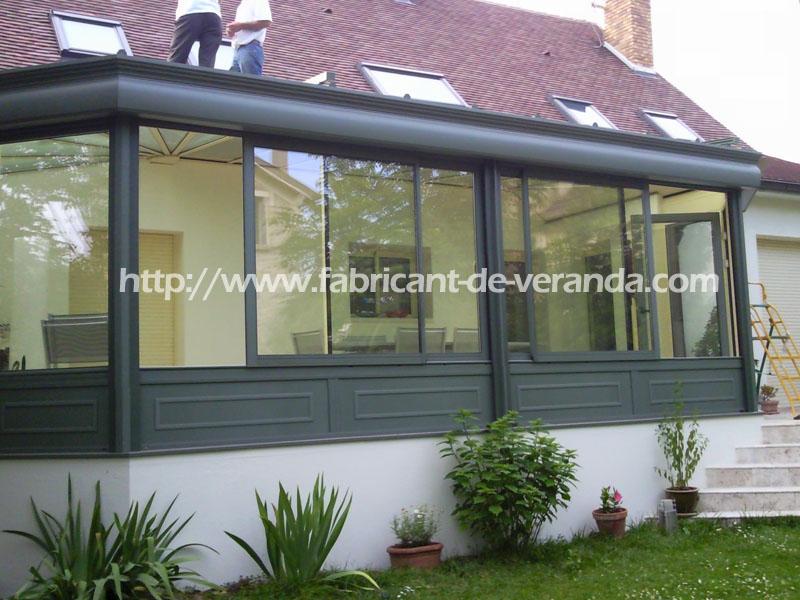fabrication d 39 une veranda en almuminium. Black Bedroom Furniture Sets. Home Design Ideas